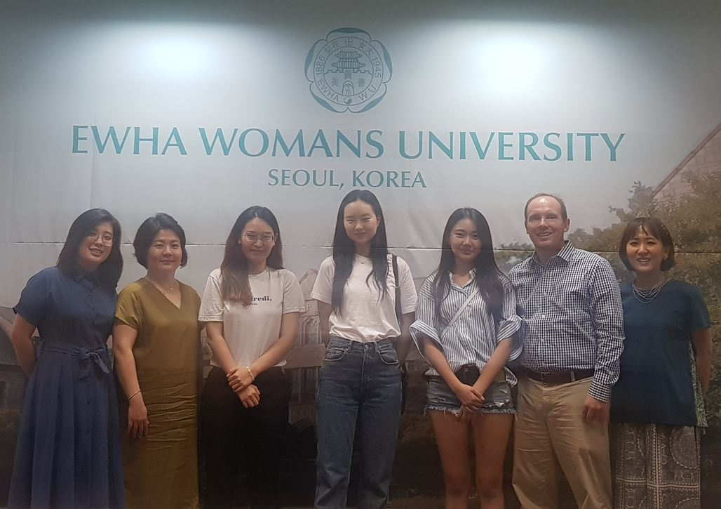 Study Abroad Program Director of State University of New York-New Paltz visits OIA 첨부 이미지